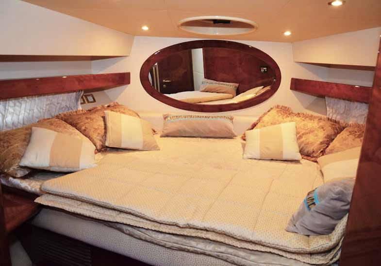 Lavish 42 Feet Yacht Master Bedrooms