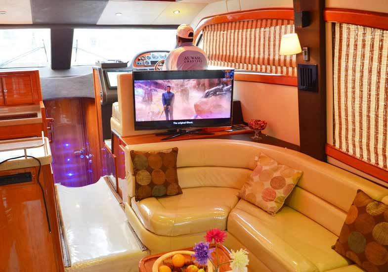 Luxurious 50 Feet Yacht Living Room