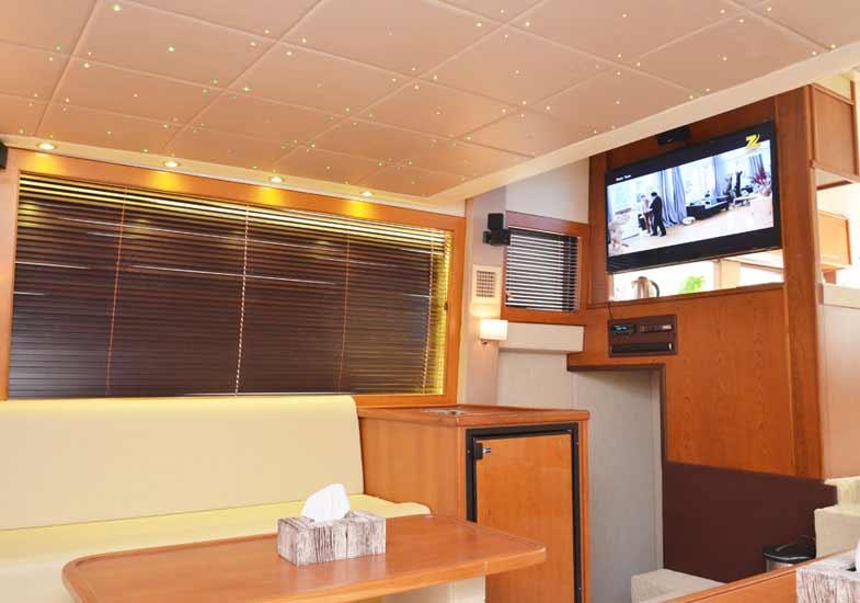 Luxurious 70 Feet Yacht Living Room